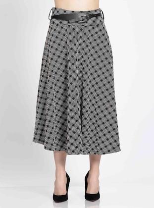 Stone - Plus Size Skirt