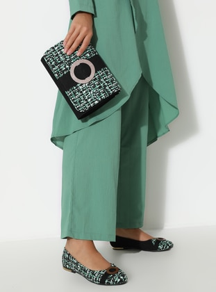 Black - Green - Flat - Suit