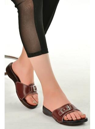 Maroon - Slippers