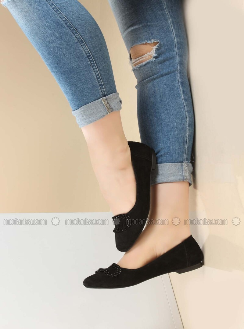 Black - Flat - Shoes