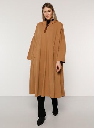 Camel - Plus Size Poncho - Alia