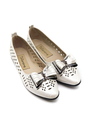 Ecru - Flat - Flat Shoes