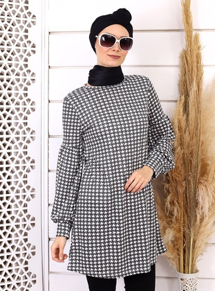 White - Black - Checkered - Crew neck - Acrylic -  -  - Tunic