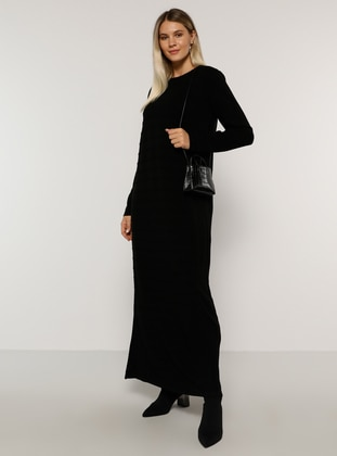 Black - Acrylic -  - Crew neck - Plus Size Knit Dresses - Alia
