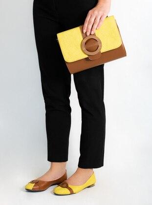 Yellow - Flat - Suit
