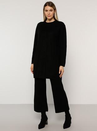 Black - Crew neck - Unlined - Acrylic -  - Plus Size Suit - Alia