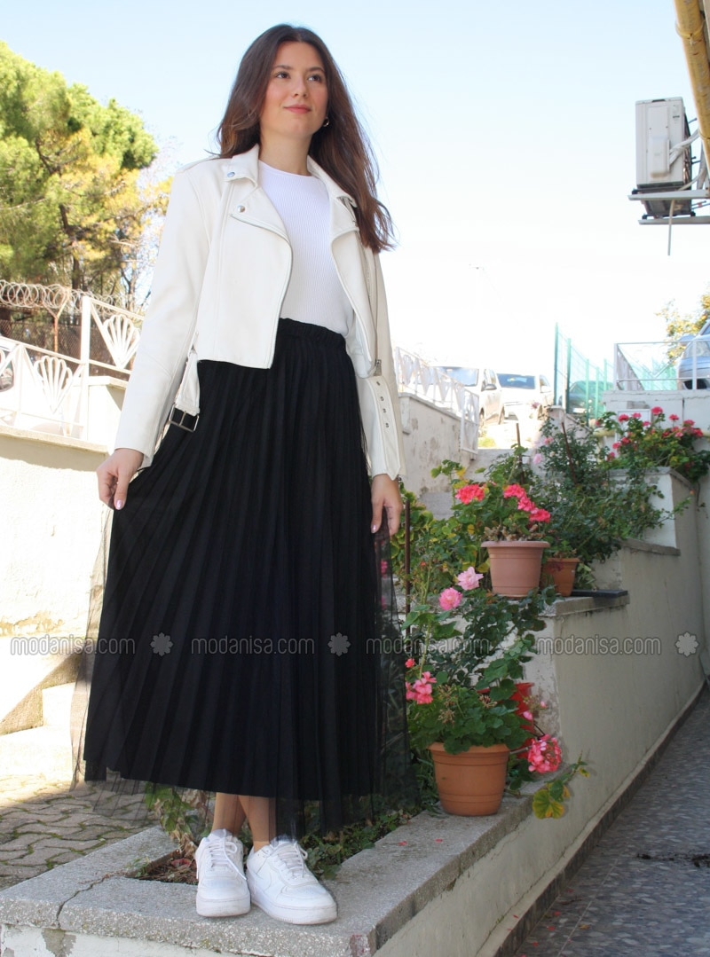 Black - Fully Lined - - Skirt