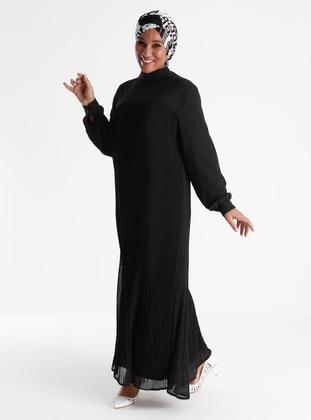 Oversize Pleat Detailed Dress - Black