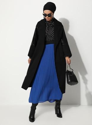 Black - Unlined - V neck Collar - - Trench Coat
