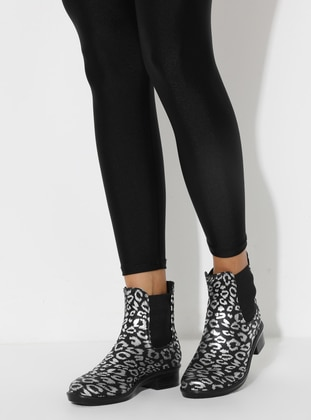 Silver tone - Black - Boot - Boots