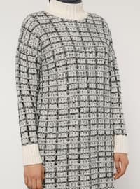 White - Polo neck - Unlined - Knit Tunics