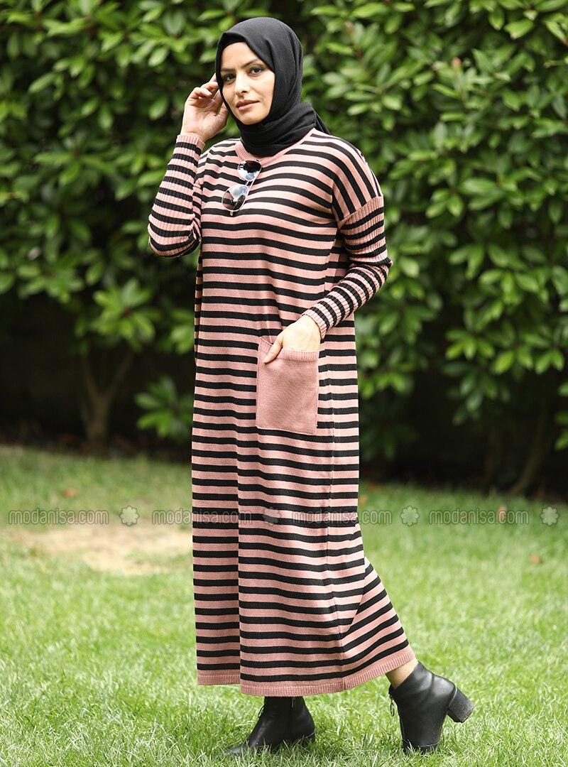 Dusty Rose - Black - Stripe - Crew neck - Acrylic -  - Knit Dresses