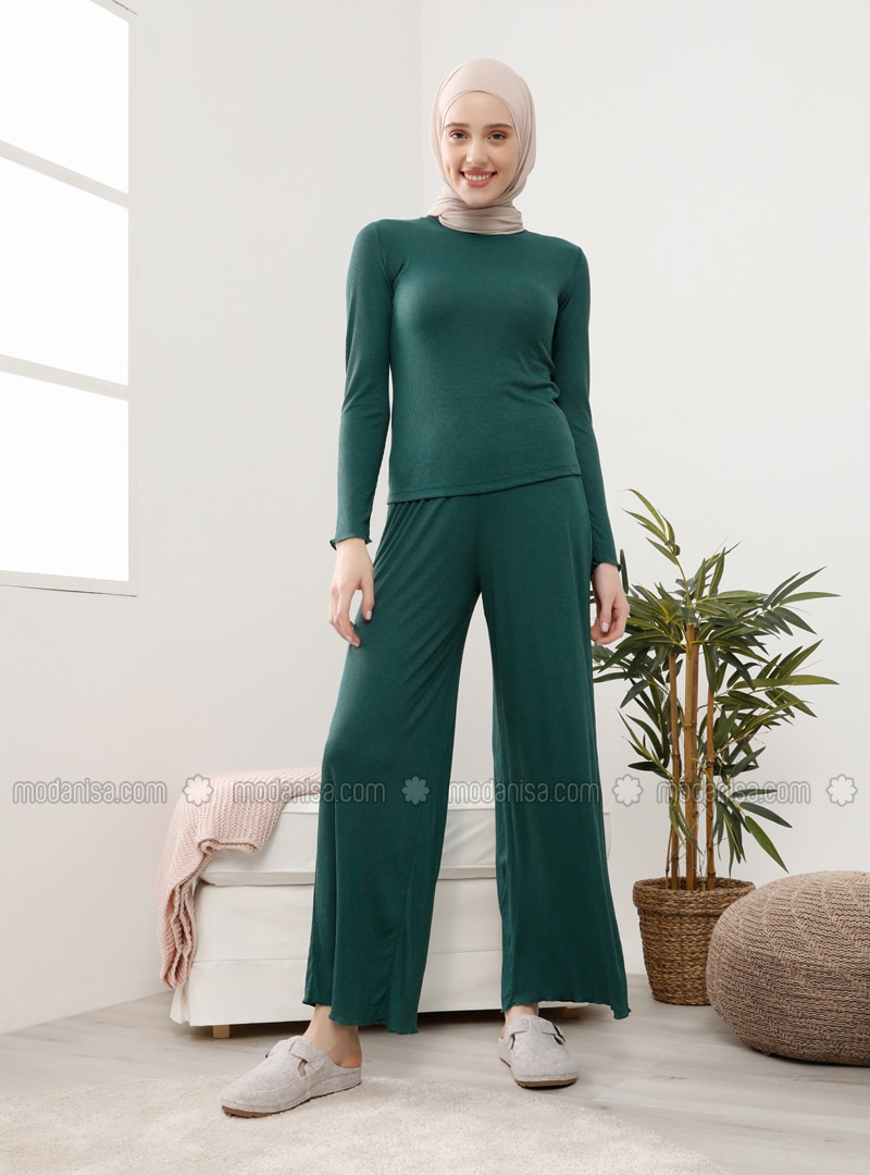 Green - Suit