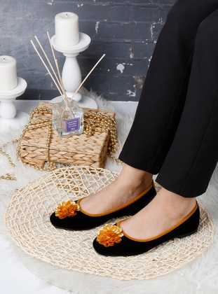 Flat - Yellow - Black - Home Shoes