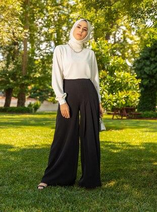 Pleat Detailed Trousers Skirt - Black - Refka Woman