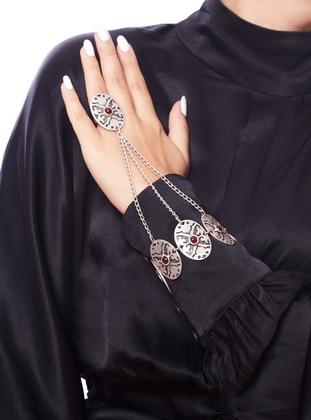 Silver tone - Hand Chain