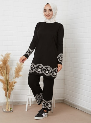 Black - Multi - Unlined - Acrylic -  - Wool Blend - Knit Suits