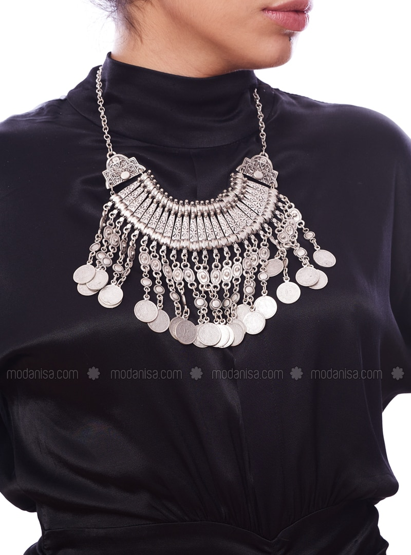 Silver tone - Necklace