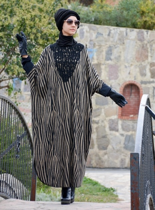 Black - Mink - Multi - Unlined - Acrylic - Wool Blend - Poncho