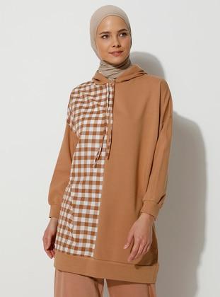 - Checkered - Tan - Sweat-shirt