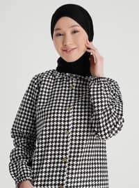 White - Black - Houndstooth - Point Collar - Tunic