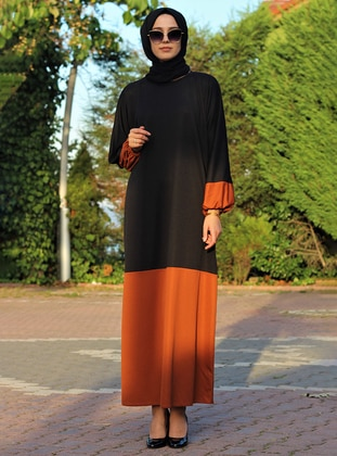 Terra Cotta - Black - Crew neck - Unlined - Dress
