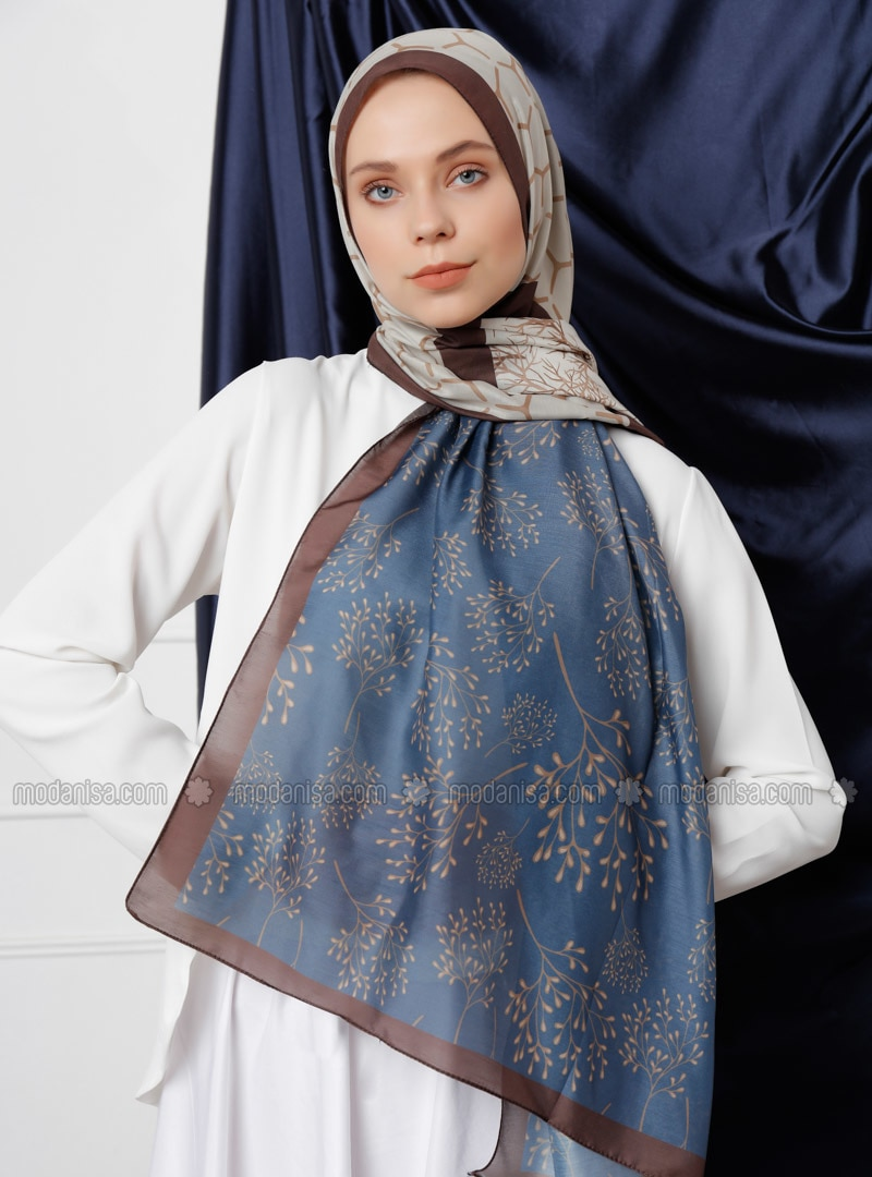 бежевый платок