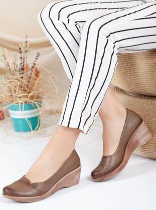 Tan - Shoes - Ayakkabı Frekansı