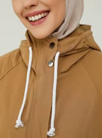 Wide-Cut Trench Coat With Hood And Snaps Details - Camel - Casual