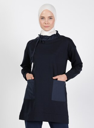 Polo neck - Navy Blue - Sweat-shirt