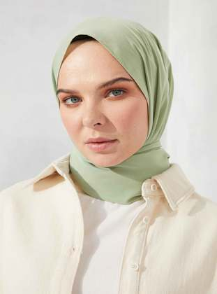 Green Almond - Plain - Shawl