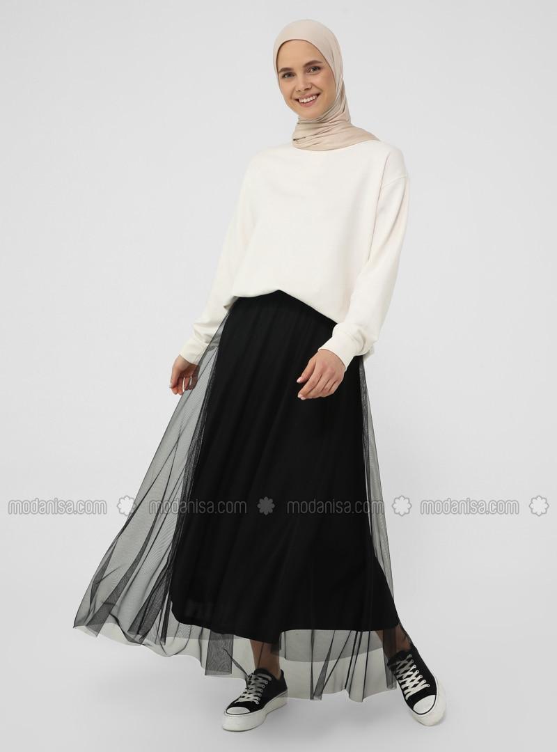 Elastic Waist Tulle Skirt- Black