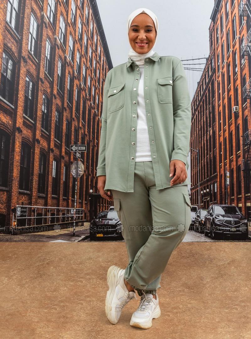 Oversize Pocket Detailed Elastic Waist Trousers - Oil Green