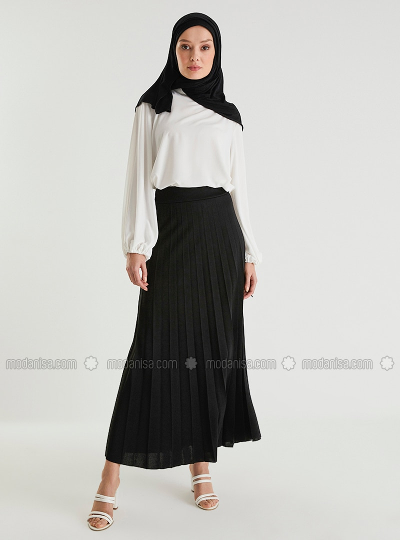 Pleated Full Length Skirt 95 cm - Black - Woman