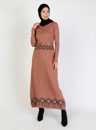 Dusty Rose - Multi - Unlined - Crew neck - Knit Dresses