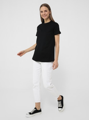 Short Sleeve Basic Tshirt- Black- Basic