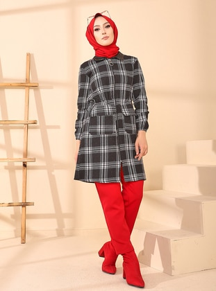 White - Black - Plaid - Unlined - Point Collar - Topcoat