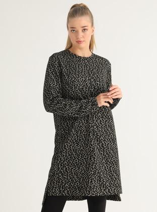 Leopard - Leopard - Crew neck - Plus Size Tunic