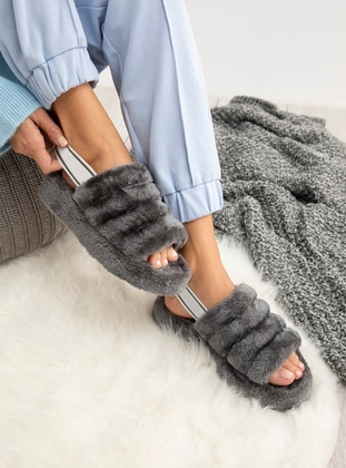 Gray - Sandal - Gray - Sandal - Gray - Sandal - Gray - Sandal - Gray - Sandal - Gray - Slippers