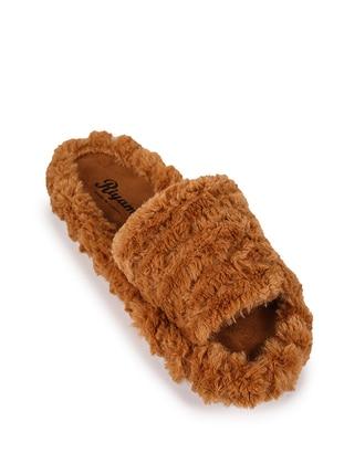 Tan - Sandal - Tan - Sandal - Tan - Sandal - Tan - Sandal - Tan - Sandal - Tan - Slippers