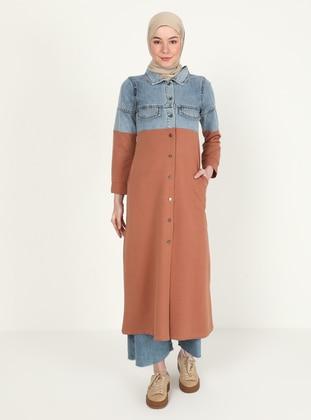 Point Collar - Tan - Sweat-shirt