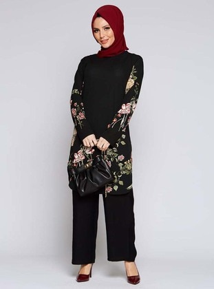 Powder - Black - Floral - Crew neck - Tunic