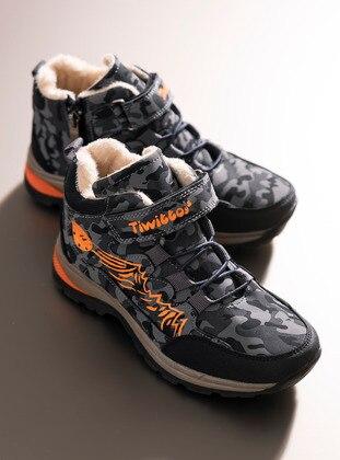 Smoke - Boots