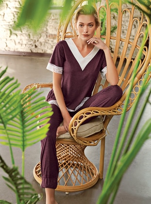 Plum - V neck Collar - Pyjama Set