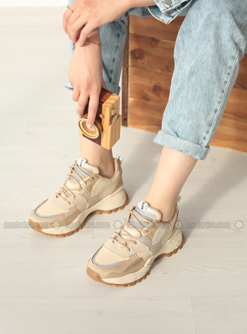 Gold - Sport - Sports Shoes