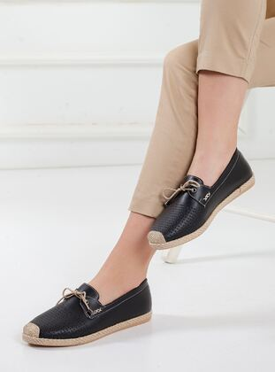 Black - Shoes - Ayakkabı Frekansı