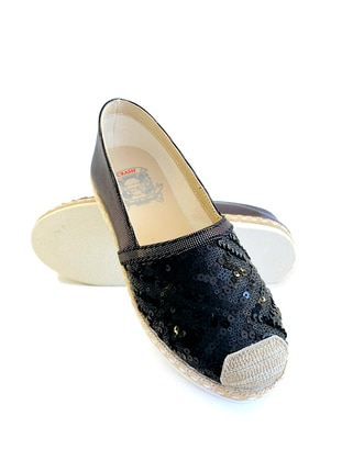Casual - Gray - Black - Casual Shoes