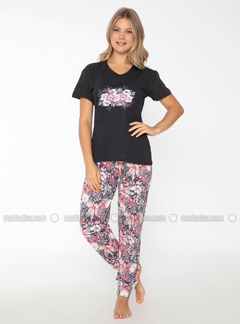 - Crew neck - Pyjama Set
