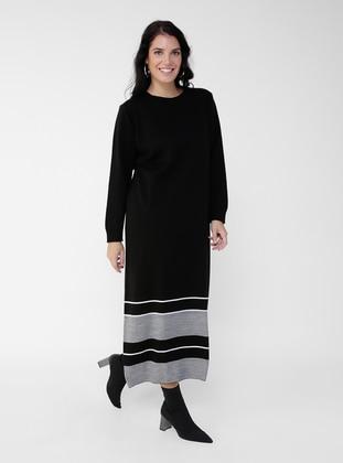 Ecru - Black - Stripe - Crew neck - Plus Size Knit Dresses