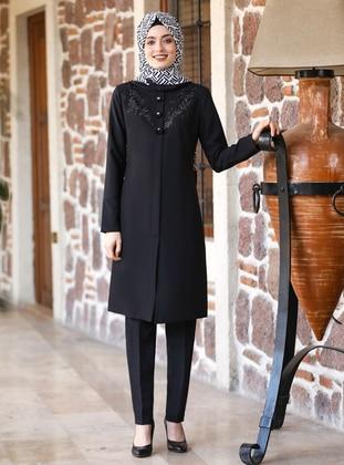 Black - Crepe - Suit